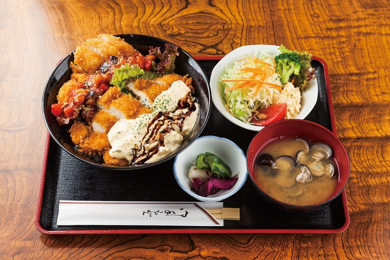 Akamatu's Oyakodon