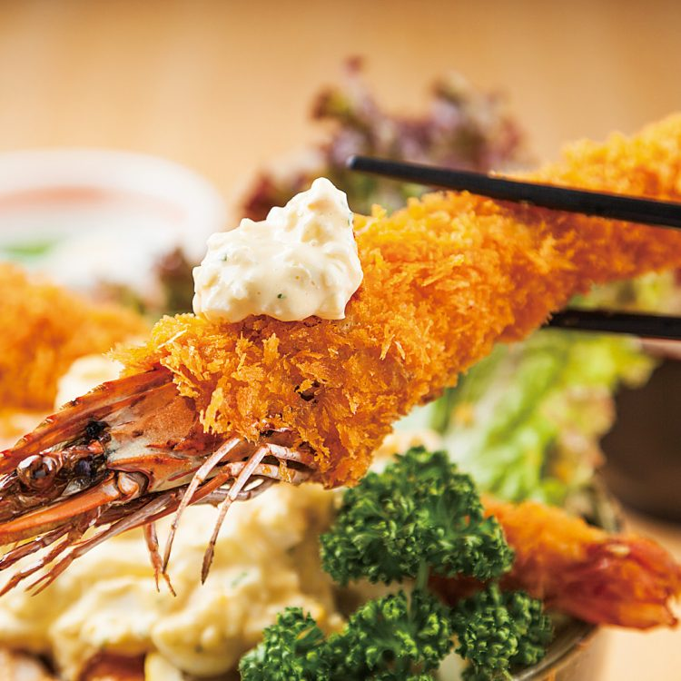 Fried chicken with vinegar and tartar sauce and Fried prawn Donburi