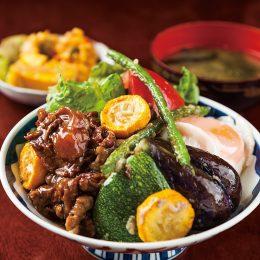 にいがた和牛すじ煮込みと季節野菜の糀炒め