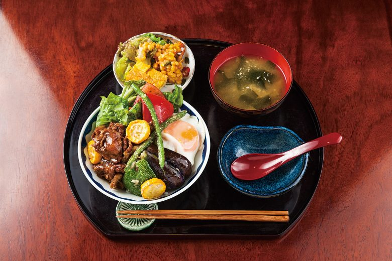Stewed Niigata Wagyu and Vegetables Donburi