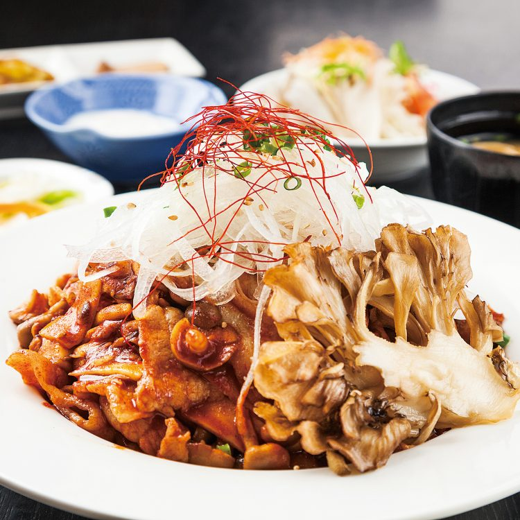 Pork donburi with spicy del…