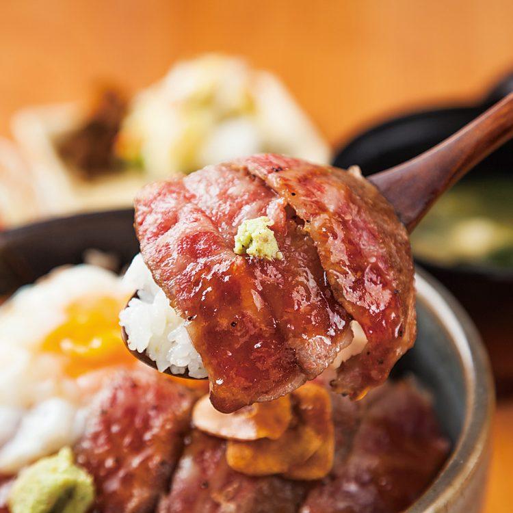 【2018】新潟和牛A5サーロインと越後もち豚のコラボ 原価率60%超え!ユングの本気丼