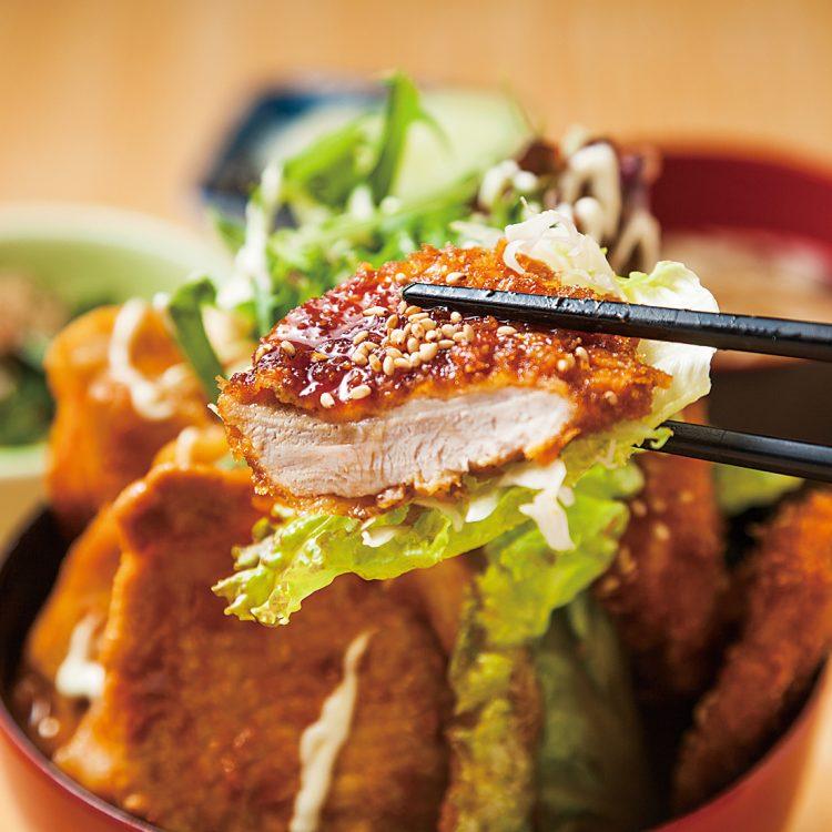 (日本語) ガッツリたれカツ&味噌ロース焼肉丼