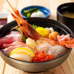 特選!海鮮丼